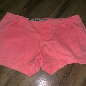 🌸VOLCOM 🌸juniors size 3 hot pink shorts